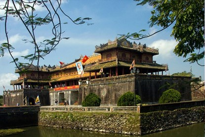 Nguyen Dynasty - Hue Day Tour