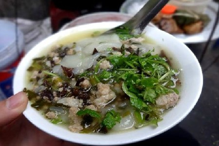 Picture of Five dishes that fit Hanoi's chill bill