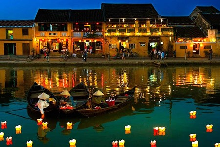Picture for category Google doodle propels Hoi An to top searched keyword