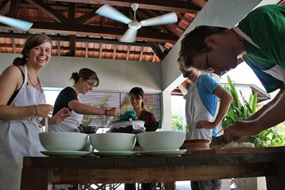 Hai Cafe Evening Cooking Class - Hoi An Day Tour