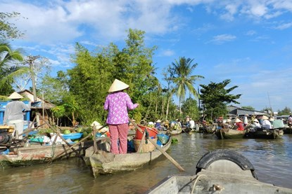 Cai Be Floating market - Ho Chi Minh Day tour