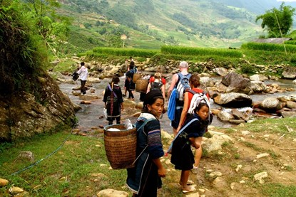 Hiking Sapa - Sapa Bus Tour