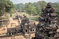 Angkor Thom - Vietnam and Cambodia package tour